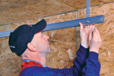 Don't DIY that garage door repair, call a specialist! Here are 5 good reasons why…